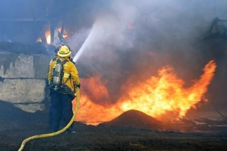 Cứu hỏa: Thảm họa hái ra tiền