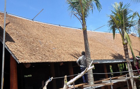 Thợ mộc quê làm chủ bảo tàng nhà cổ nhất Việt Nam