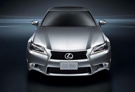 Lexus tấn công xe Đức trên thị trường Việt