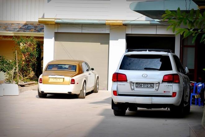 Rolls-Royce dát vàng dẫn đầu dàn siêu xe Thái Nguyên