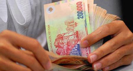 1/1/2014: Lương tối thiểu lên 2,7 triệu đồng/tháng