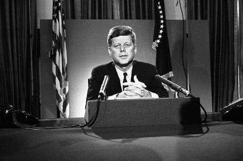 Kennedy, chiến tranh Việt Nam, phản chiến, lịch sử quân sự