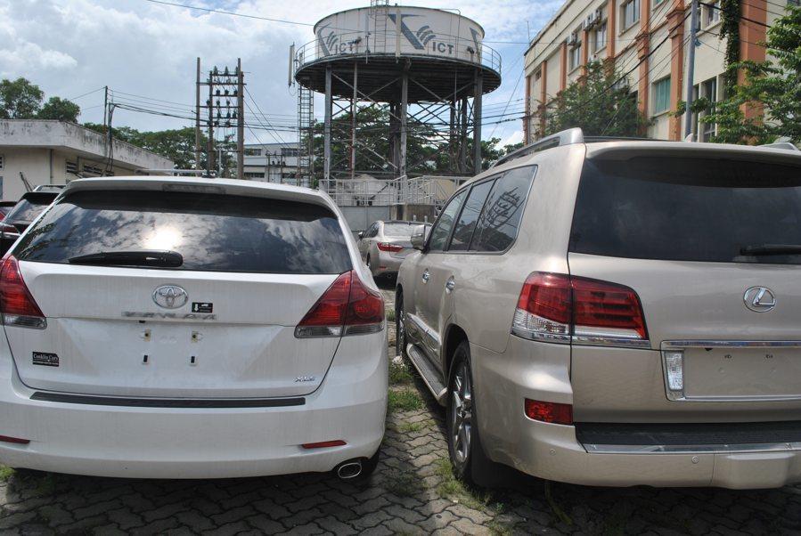 Từ chối cấp phép nhập khẩu xe Việt kiều