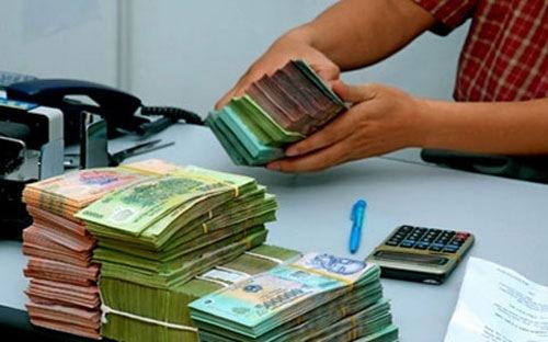 Nhân-viên-ngân-hàng, lương-thưởng, nhân-viên-tín-dụng, huy-động, thu-nhập, nhân-sự