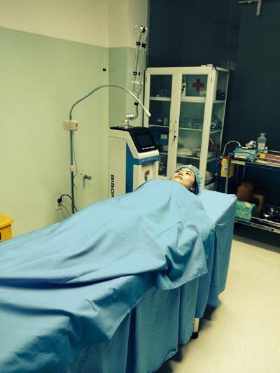 showbiz Việt, giải phẫu thẩm mỹ, dao kéo, nâng ngực