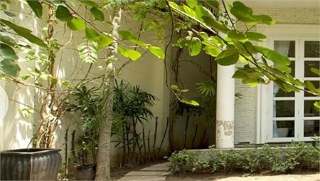 Nhà ở xa hoa của Chi Bảo