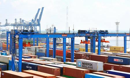 Vinashin, Vinalines 'quên' gần 200 container tại cảng