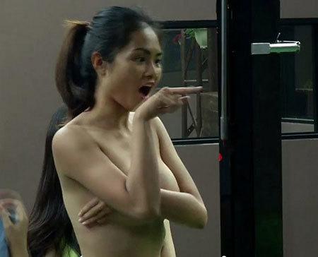 khỏa thân truyền hình, Nguyễn Quang Dũng