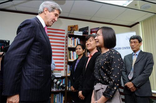 Ngoại trưởng Mỹ chia sẻ 'ít hoài niệm' về VN