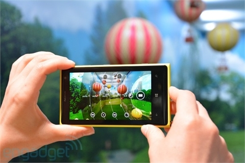 smartphone, iPhone 5S, HTC One, Galaxy S4, LG, Moto X, Nexus 5