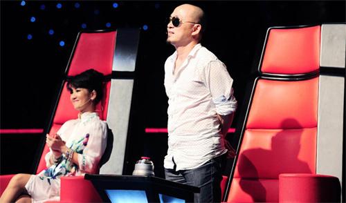 Quốc Trung, The Voice, Diva, ném đá, dư luận