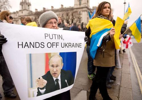 Nga, Ukraine, Putin, Yanukovych, gậy và cà rốt