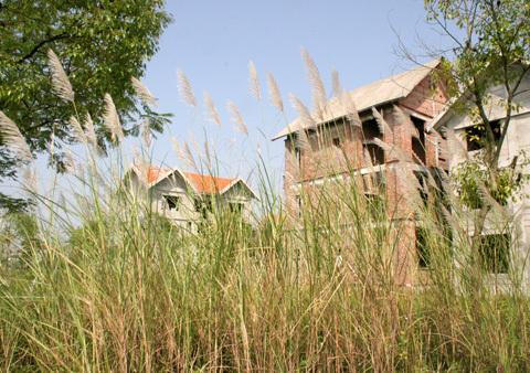 Những vùng đất 'chết' sau 5 năm mang danh Hà Nội