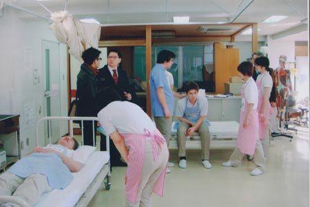 cơ hội, việc làm, Nhật, điều dưỡng,  Hoa Anh Đào, ĐH ToKyo