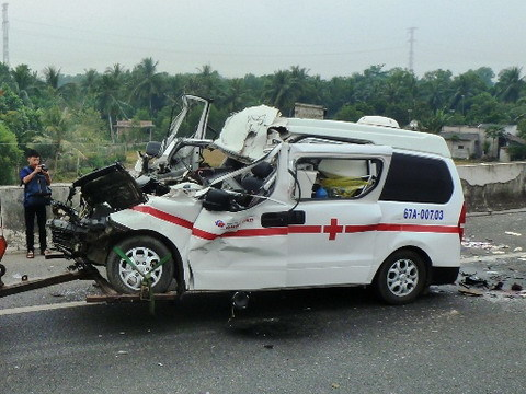 Trung Lương – TP.HCM; tai nạn; cứu thương