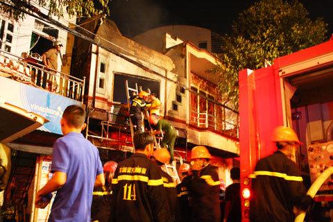 Hỏa hoạn, 4 người trong gia đình chết thảm