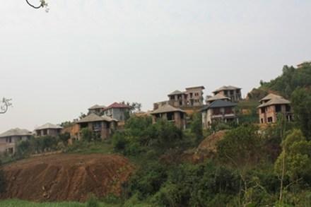Biệt thự hoang trong rừng: Chuyện lạ 100 năm ở Hà Nội