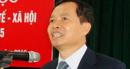 Chủ tịch tỉnh bác bộ trưởng về '1%' công chức cắp ô