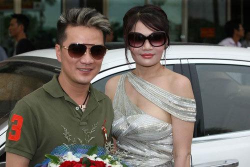 Đại-gia-Hà-Tĩnh, Nguyễn-Thị-liễu, Đàm-Vĩnh-Hưng, Lý-Nhã-Kỳ, đại-gia-phố-núi, 137-tỷ, siêu-xe, đám-cưới