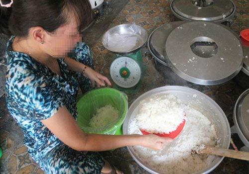'Ăn bẩn sống lâu': Bi kịch mâm cơm hóa chất người Việt