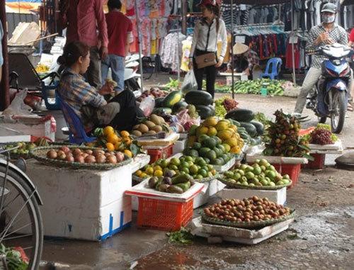 đội-lốt, hàng-tàu, nông-sản, thực-phẩm, cam, quýt, cá-tầm, gừng, khoai-tây, hoa-quả, rau, cà-rốt, Trung-Quốc, thương-lái, tiểu-thương, hóa-chất, ung-thư