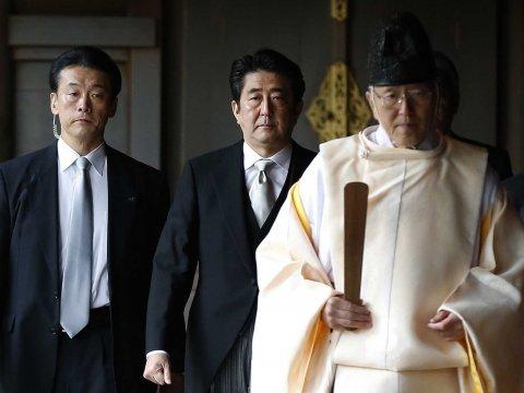 Nhật Bản, Trung Quốc, Hoa Đông, Hàn Quốc, Shinzo Abe, đền Yasukuni