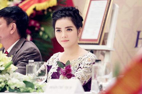 sao-Việt, showbiz, Lý-Nhã-Kỳ, du-lịch, chị-liễu, P/S, Tribeco, Diana, thâu-tóm, thương-hiệu, chị Liễu, Nguyễn-Thị-Liễu
