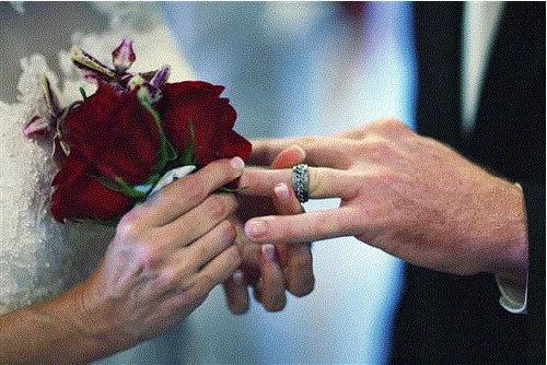 Thời khủng hoảng, lấy chồng chẳng có lợi gì