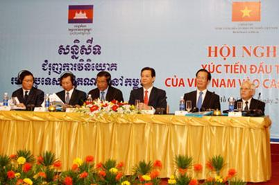đầu-tư, FDI, Việt-Nam, campuchia, kinh-tế, kết-nối, cao-su, nông-nghiệp, trần-bắc-hà, bầu-đức, AVIC, chùa-tháp