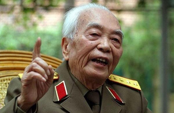 Nguyên TBT Lê Khả Phiêu: Đại tướng quan tâm chỉnh đốn Đảng