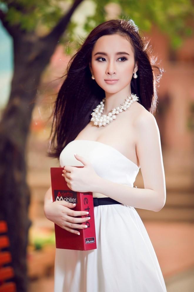 Angela Phương Trinh, scandal, cấm diễn