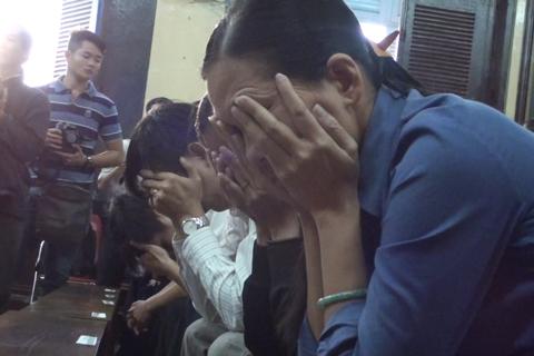 Huyền Như bật khóc khi nghe tuyên án chung thân