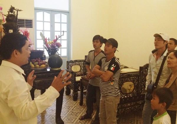 Đại gia Lê Ân ngả mũ khi ngắm nhà Công tử Bạc Liêu
