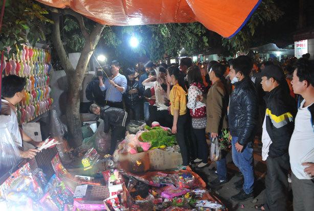 chợ-Viềng, Nam-Định, thịt-bê, du-khách