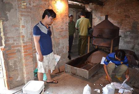 Đậu nành Mỹ tẩm hóa chất thành cà phê Việt
