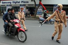 Sai phạm giao thông: ai có quyền xử