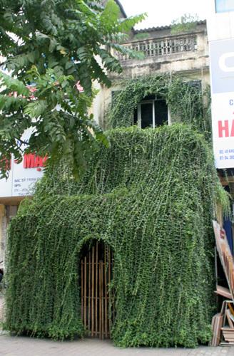 Sốc với những ngôi nhà kỳ dị nhất Hà Thành