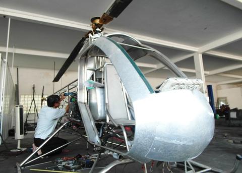 Thương binh 'liều' tự chế hai trực thăng chơi