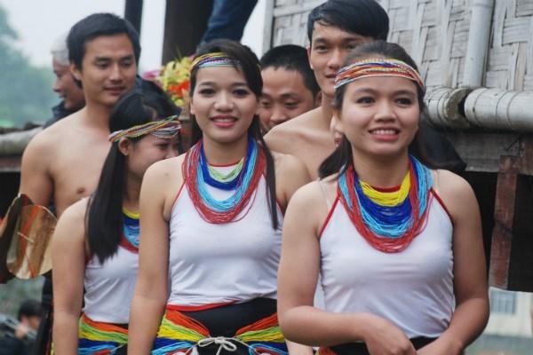 thiếu nữ, vẻ đẹp, sắc xuân, dân tộc thiểu số