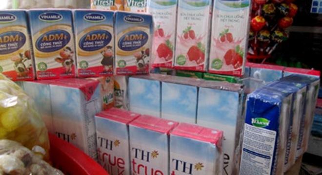 Đua nhau tăng giá sữa
