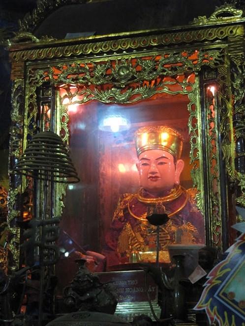 Đền Bảo Hà, Đền ông Hoàng Bảy