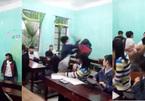 Nam sinh cởi áo đánh bạn gái ngay trong lớp học