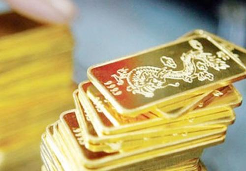 Chiến sự Ukraine đẩy giá vàng tăng vọt