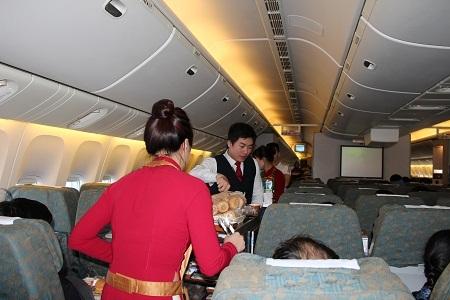 tiếp-viên-hàng-không, xách-tay, ăn-cắp, Vietnam-Airlines