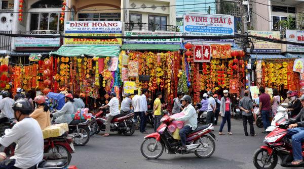 Sài-Gòn, Trung-Quốc, hàng-Tàu, đội-lốt, buôn-bán, Chợ-Lớn, Gia-Định, thương-lái