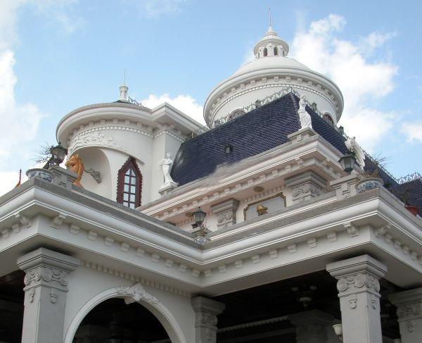 Lâu đài ngựa vàng của đại gia Hải Phòng