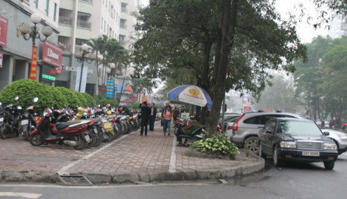Trung Hòa - Nhân Chính, bài học 'khu ổ chuột trên cao'