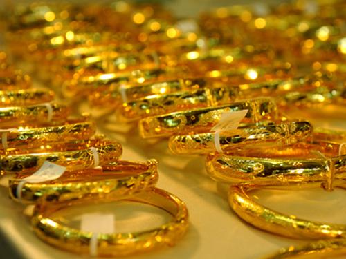Cách làm mới trang sức vàng