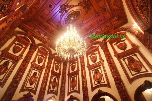 Nội thất không tưởng trong lâu đài 4 mặt tiền, 5 triệu đô