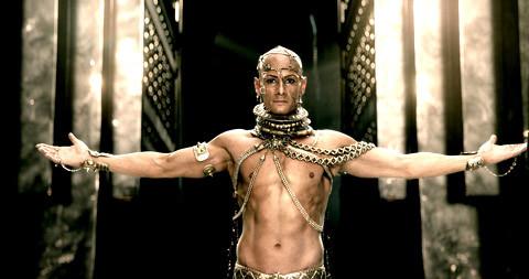 Hình ảnh Xerxes đại đế của đế chế Ba Tư trong phim 300: Đế chế trỗi dậy.
